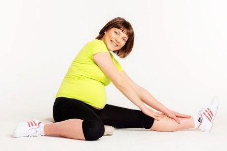 спорт фитнес упражнения для беременных, занятия фитнесом для беременных, фитнес группы для беременных