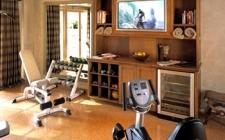 Спортивный инвентарь и тренажеры для дома
