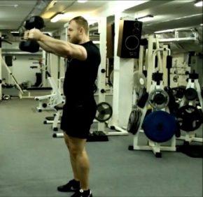 плечи атлета- Бодибилдинг без стероидов, Как накачать мышцы без стероидов