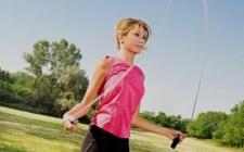 Прыжки со скакалкой- домашний фитнес