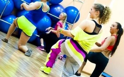классическая тренировка по фитнесу